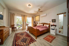 rent-a-forest-villa-with-pool-gocek-13
