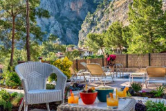 rent-a-forest-villa-with-pool-gocek-23