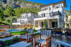 rent-a-forest-villa-with-pool-gocek-25
