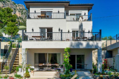 rent-a-forest-villa-with-pool-gocek-27