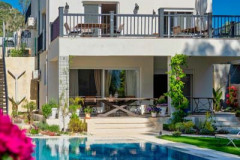 rent-a-forest-villa-with-pool-gocek-28
