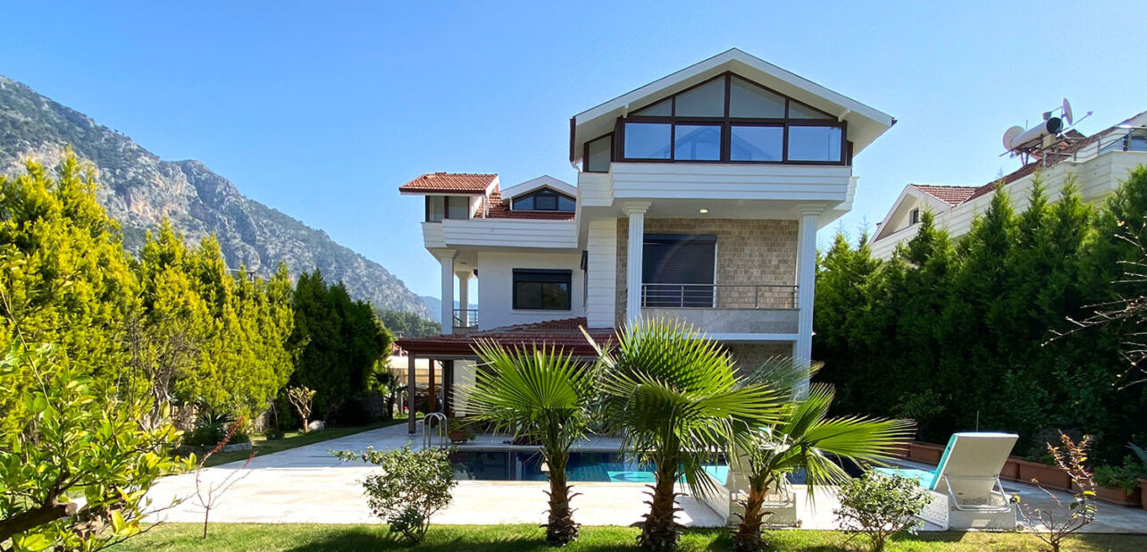 Detahed Villa with Pool for Sale in Gocek Turkey